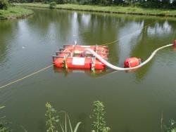 汚濁防止用表層取水装置